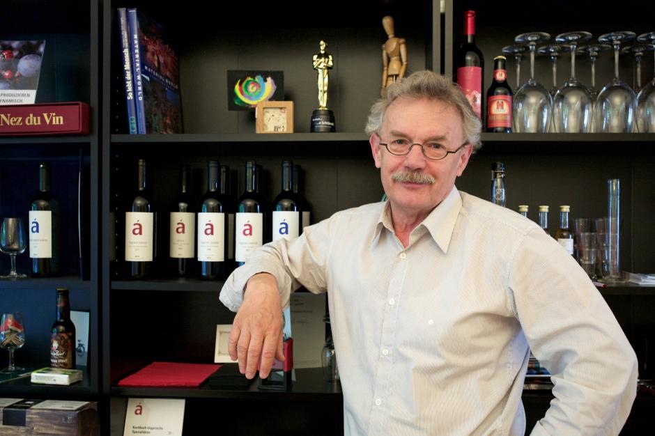 """Istvan Akos hat """"Unser Bier"""" mitbegründet und verkauft ungarischen Wein"""